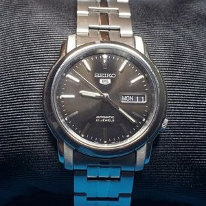 SEIKO 5  Automatic Watch Black Dial Stainless